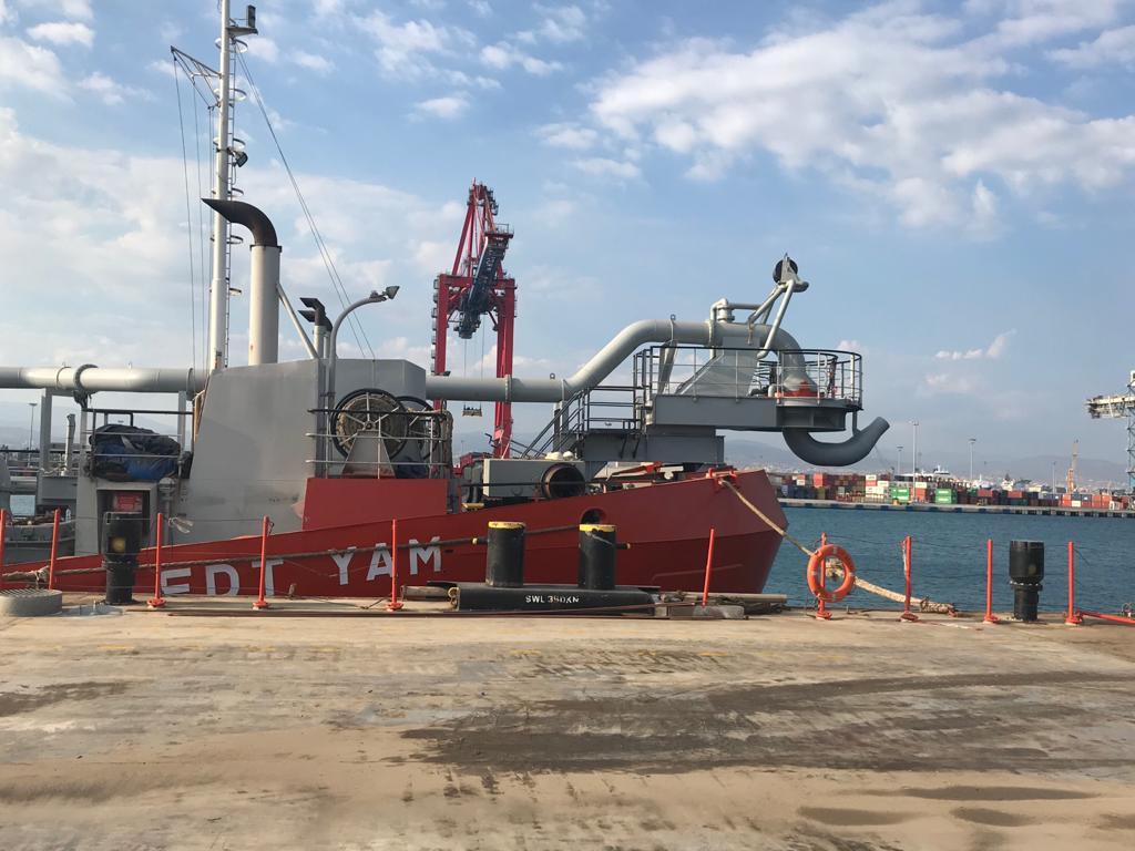 Hopper dredger conversion